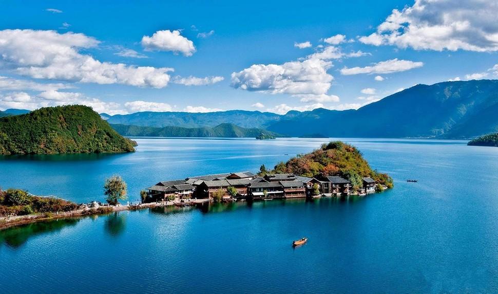 泸沽湖 拷贝.jpg